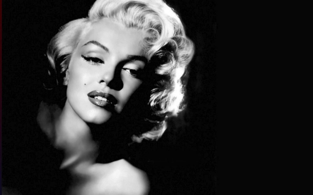 8 Beauty Tricks Used by Marilyn Monroe's Make-Up Artist 6